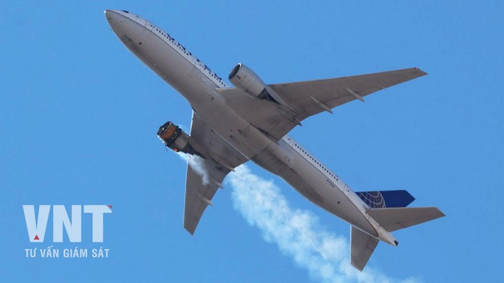 [Hot] - Boeing 777 bị cấm bay tại Mỹ và Nhật Bản sau khi gặp trục...