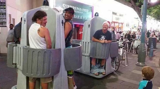 Nhà vệ sinh lộ thiên lần đầu xuất hiện tại Australia