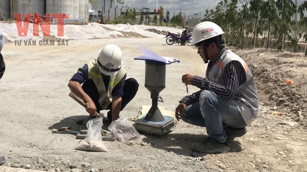 TCVN 9504:2012 - Lớp kết cấu áo đường đá dăm nước - Thi công...