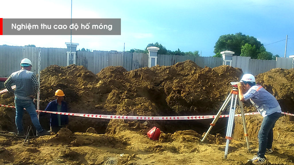 Giám sát thi công đào đất hố móng