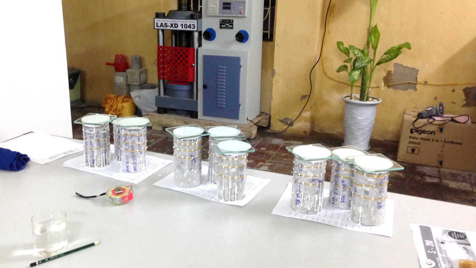 Capping mẫu khoan bằng vật liệu chuyên dụng