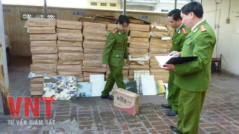 Công an thành phố Việt Trì (Phú Thọ) bắt giữ gạch ốp lát Trung Quốc