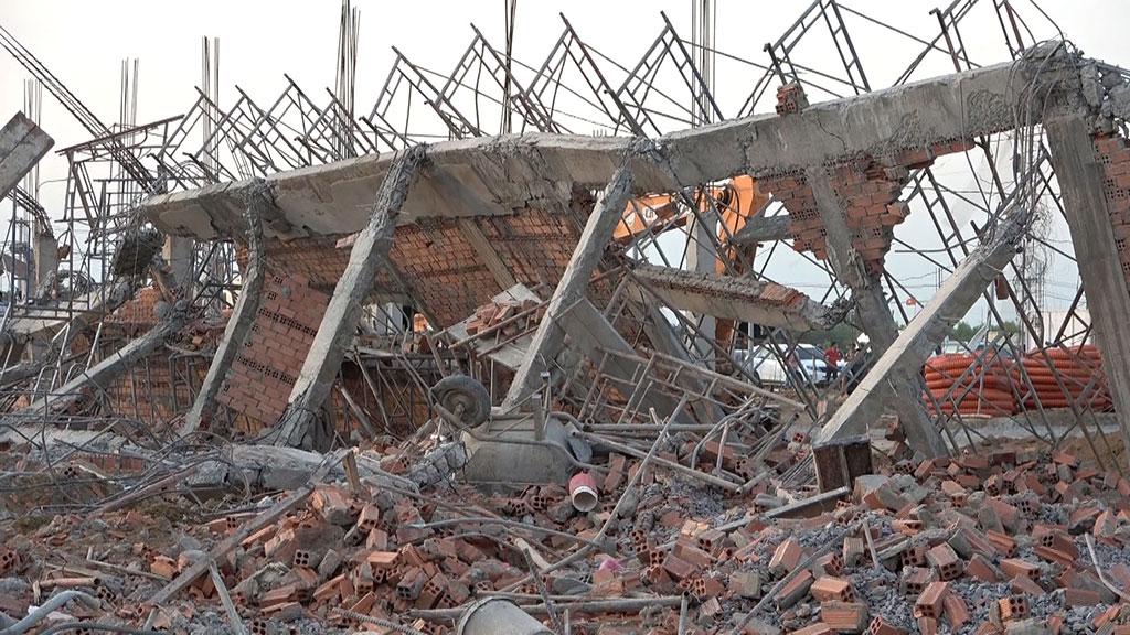 Sự cố đổ tường đang thi công tại dự án xây dựng Nhà máy AV Healthcare - Đồng Nai